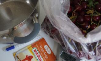 Как варить вишнёвый джем?